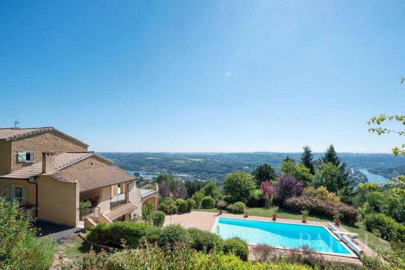 Deluxe sale house / villa Couzon-au-mont-d'or 830000€ - Picture 1