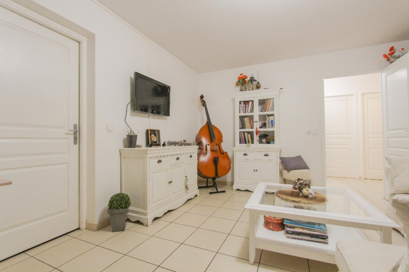 Sale apartment Chambery 235000€ - Picture 6
