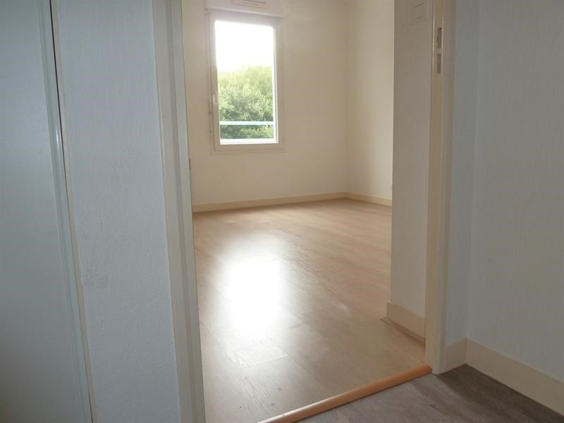 Sale apartment Quimper 84 500€ - Picture 2