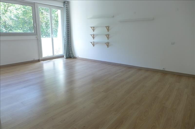 Sale apartment Vaucresson 385 000€ - Picture 1