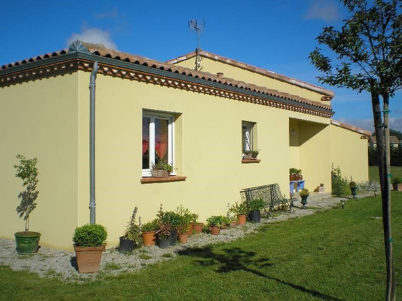 Location maison / villa Lavaur 940€ CC - Photo 3