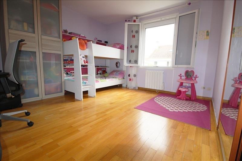 Sale house / villa Elancourt 345000€ - Picture 4