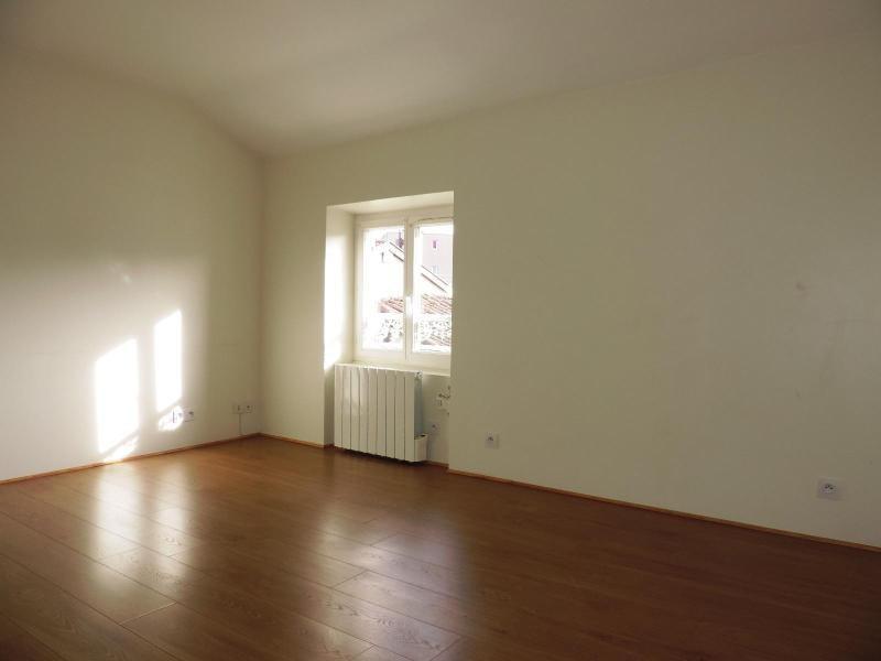 Location appartement Tarare 387€ CC - Photo 4