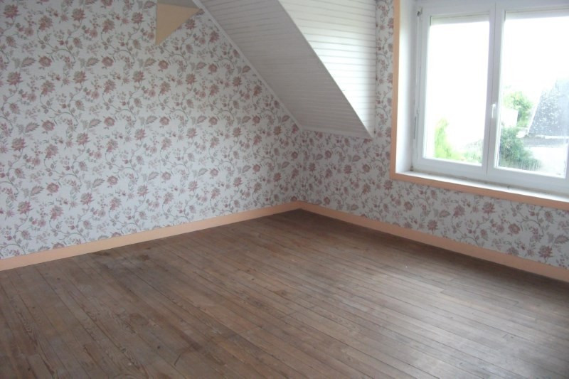 Sale house / villa Plouhinec 125 520€ - Picture 4