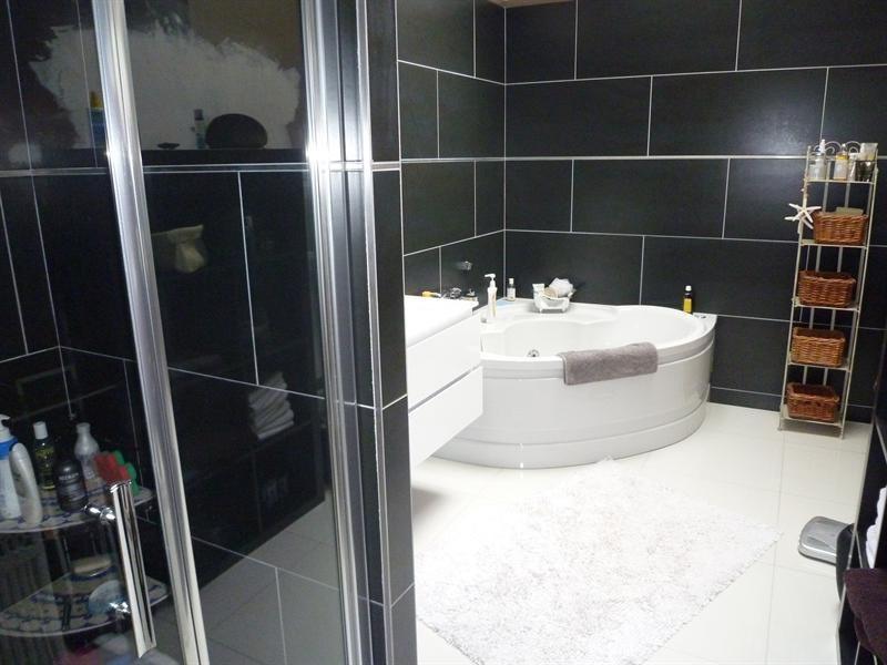 Sale apartment Cognac 399000€ - Picture 8