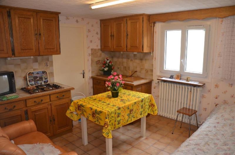 Vente maison / villa Fontaine le port 249600€ - Photo 6