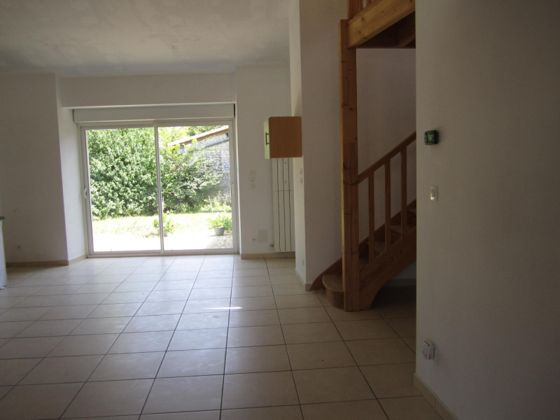 Vente maison / villa Barbezieux saint-hilaire 161 200€ - Photo 2