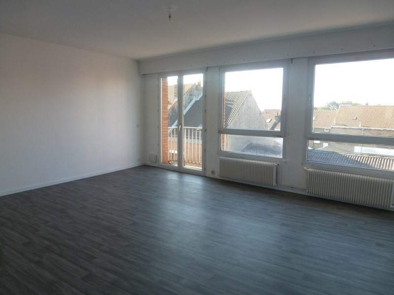 Rental apartment Coudekerque branche 690€ CC - Picture 1