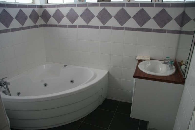 Deluxe sale house / villa Plassac 945000€ - Picture 7
