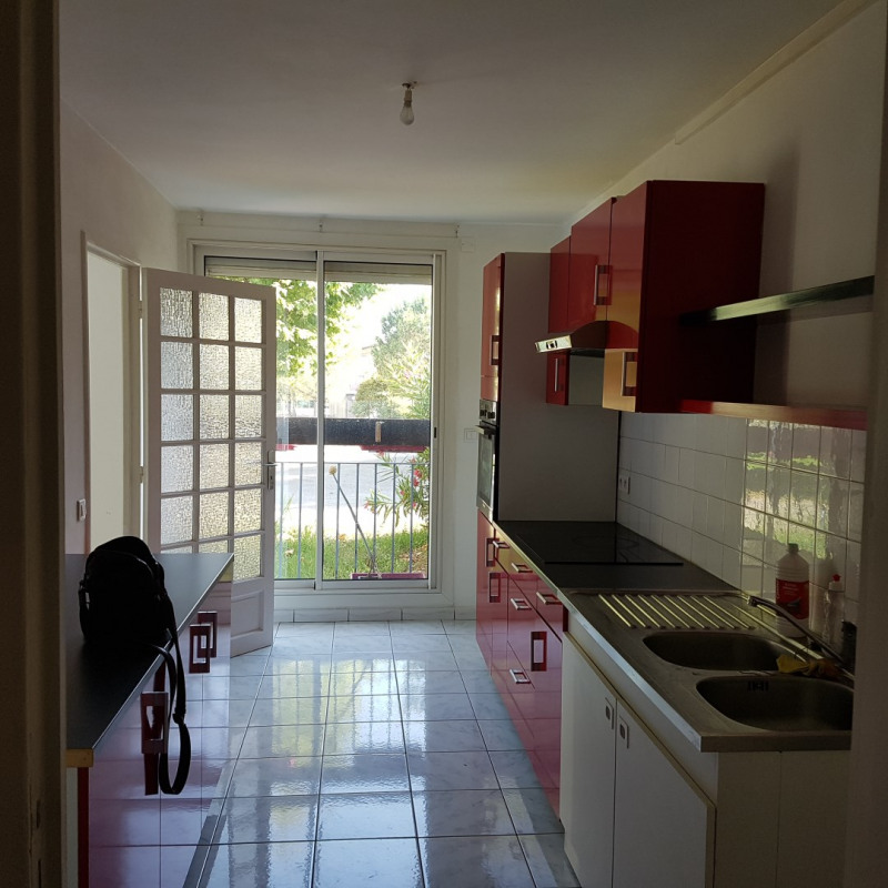 Rental apartment Aix-en-provence 950€ CC - Picture 2