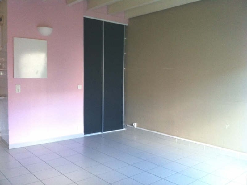 Rental apartment St andre de cubzac 496€ CC - Picture 2