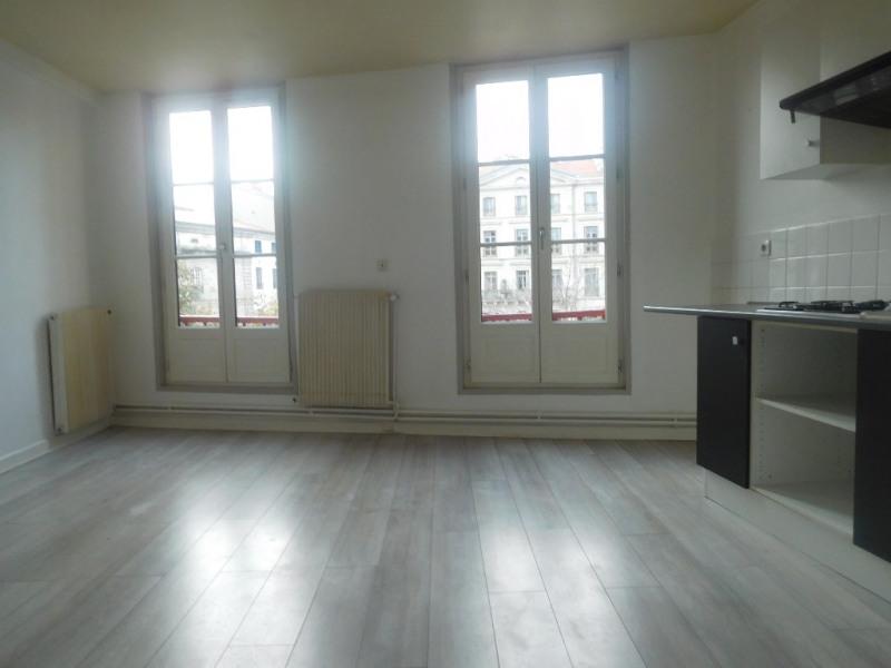 Rental apartment Le puy en velay 448€ CC - Picture 5
