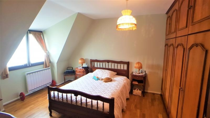 Sale house / villa Noiseau 392000€ - Picture 8
