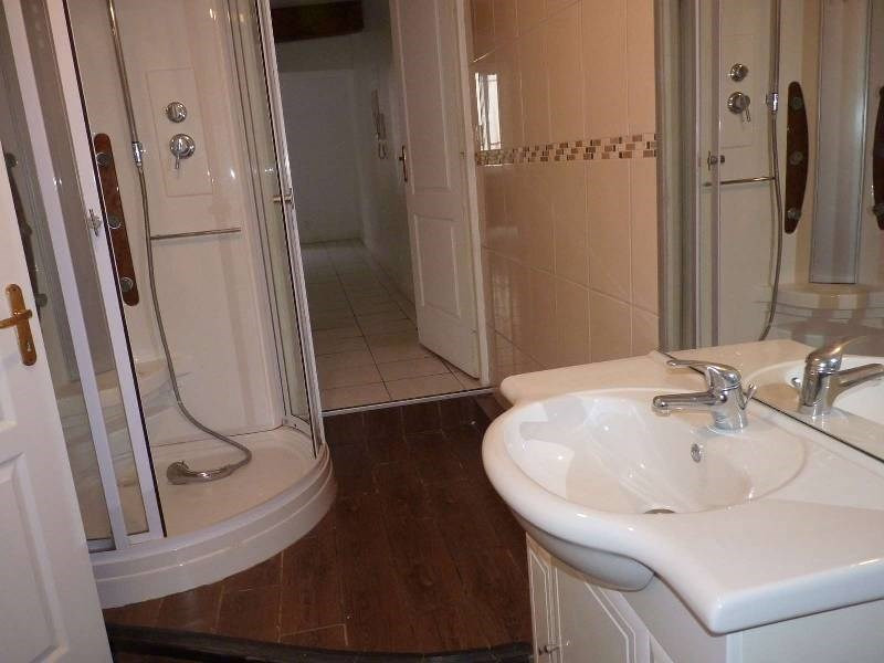 Rental apartment St sulpice 470€ CC - Picture 3