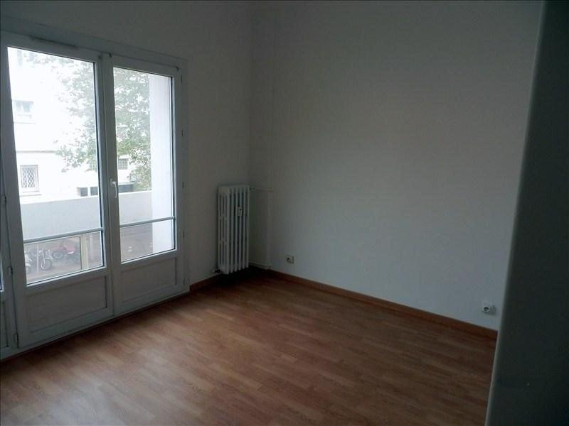 Location appartement Toulon 757€ CC - Photo 7