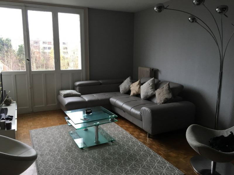 Location appartement Clamart 921€ CC - Photo 3