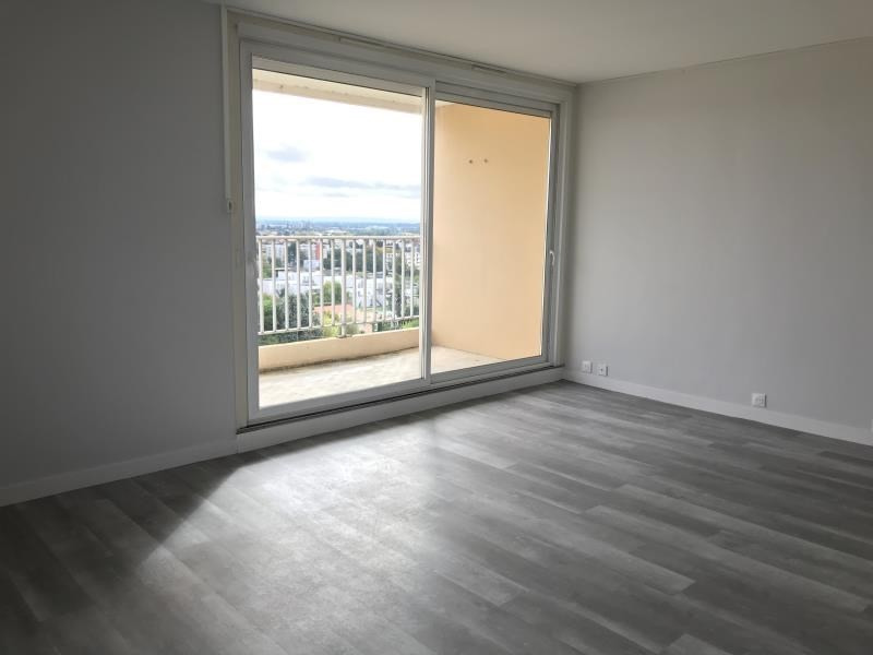 Location appartement Niort 655€ CC - Photo 2