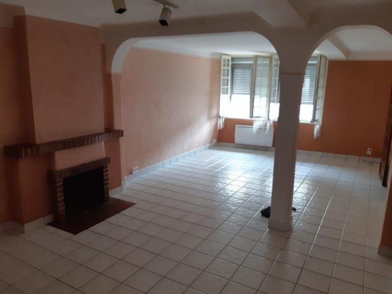 Sale house / villa Montpon menesterol 155000€ - Picture 2