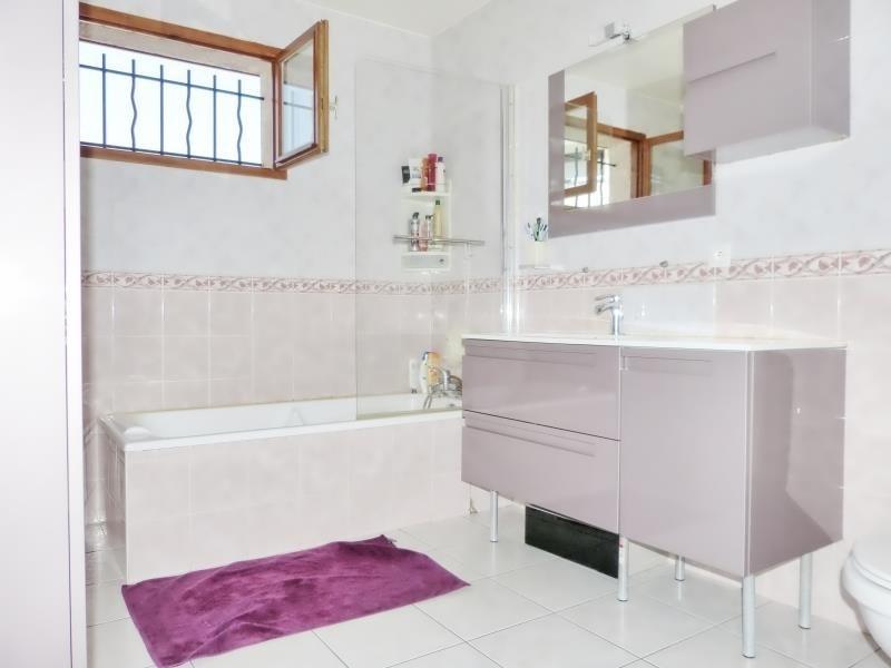 Vente maison / villa Cluses 270000€ - Photo 4