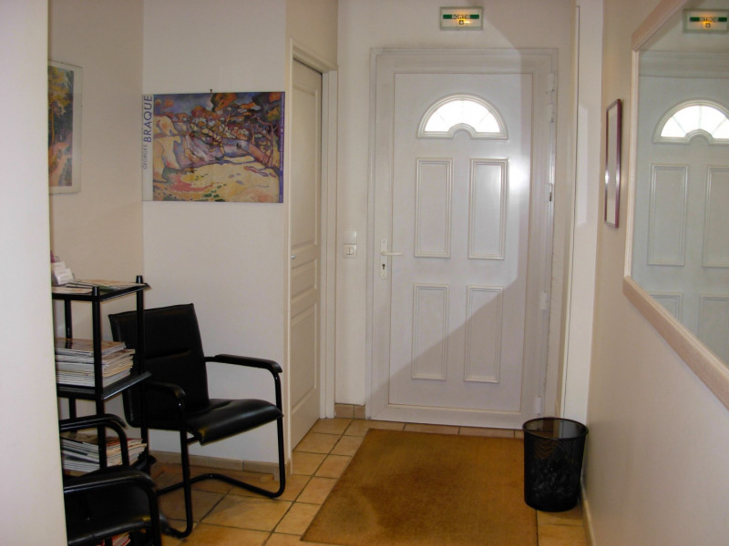 Sale office Saint-michel-sur-orge 212 000€ - Picture 1