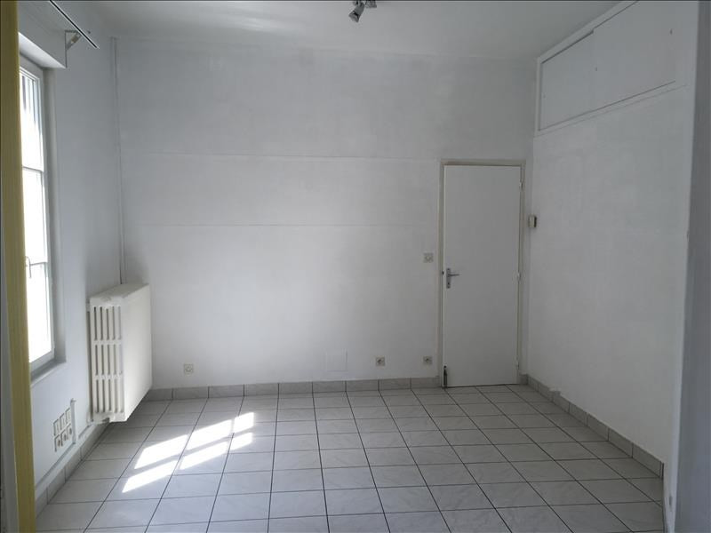 Location local commercial Vendome 500€ HT/HC - Photo 2