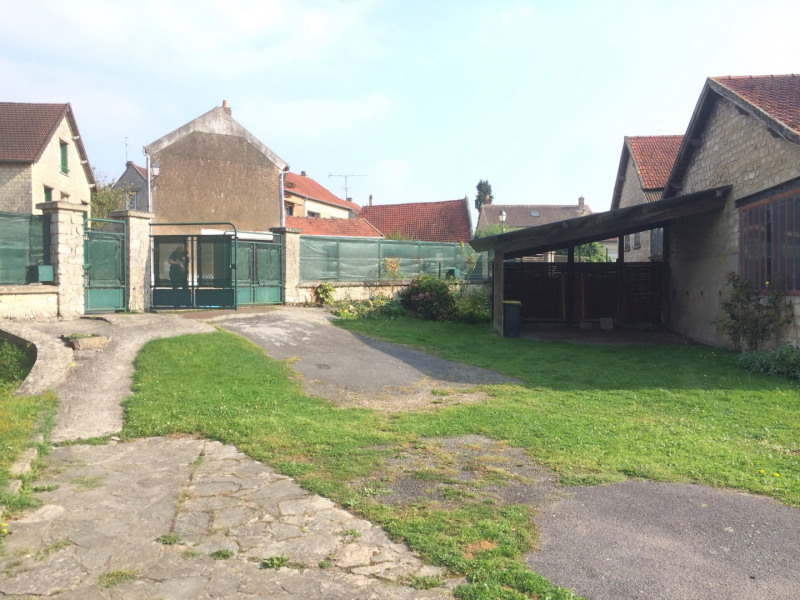 Location maison / villa Nucourt 912€ CC - Photo 10