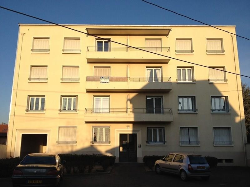 Location appartement Riorges 460€ CC - Photo 1