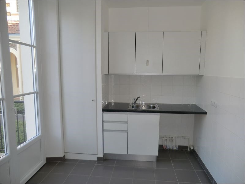 Rental apartment Viry chatillon 629€ CC - Picture 2