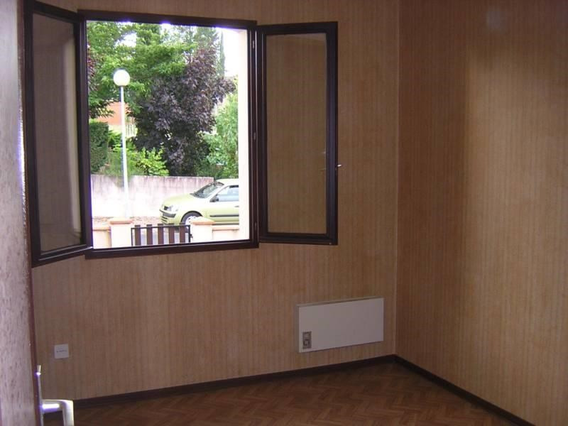 Location maison / villa Graulhet 680€ CC - Photo 8