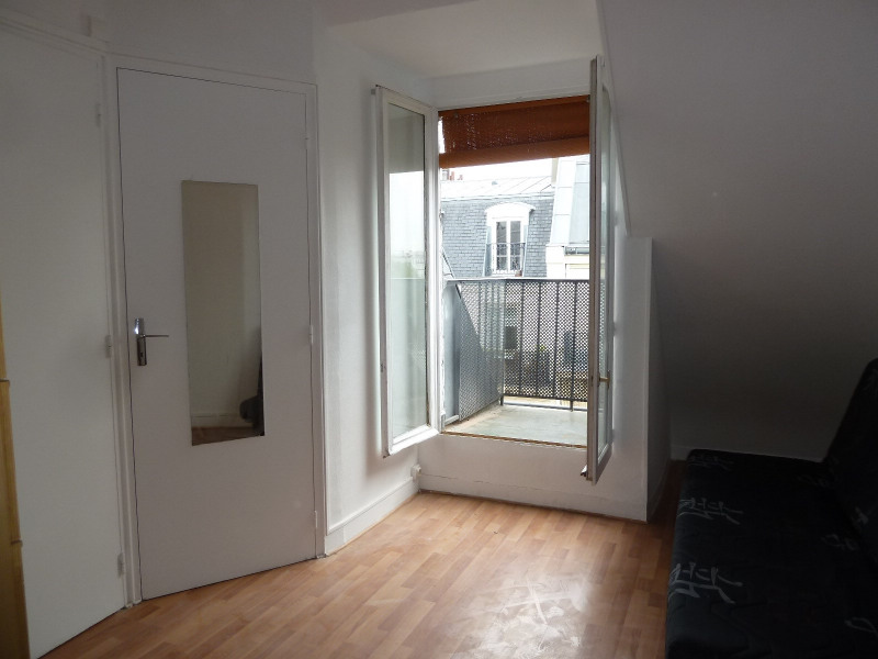 Rental apartment Paris 10ème 610€ CC - Picture 2