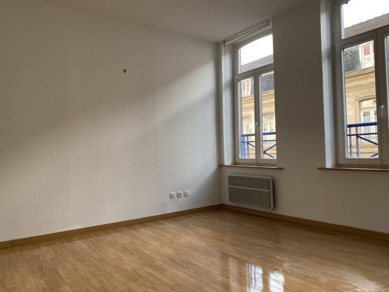 Sale apartment Lille 131 500€ - Picture 3