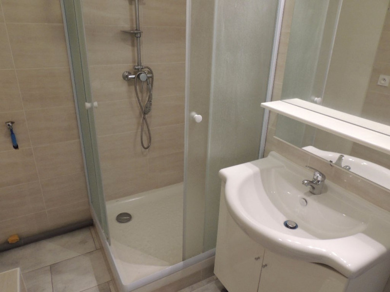 Location appartement Chaillevette 352€ CC - Photo 3