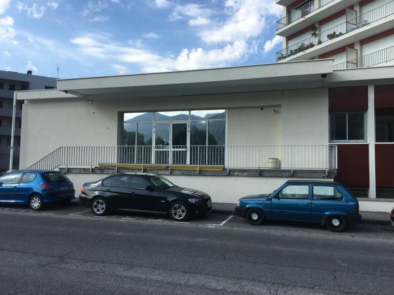 Location local commercial Bonneville 1800€ HT/HC - Photo 6