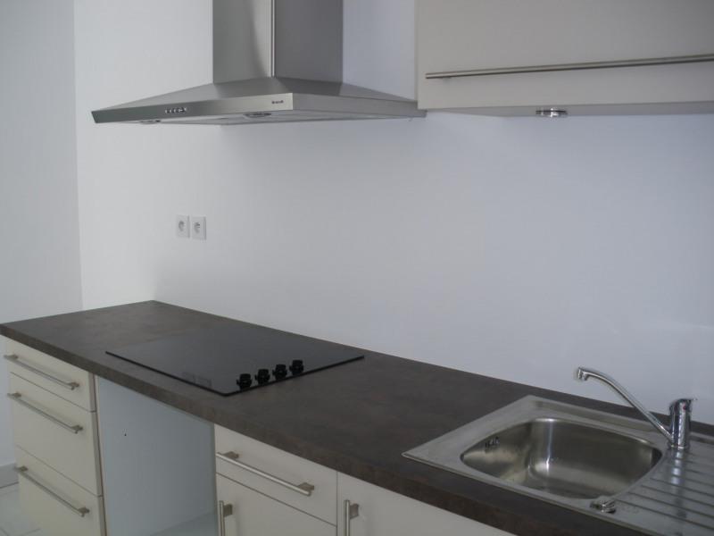 Rental apartment Saint-raphaël 1040€ CC - Picture 5