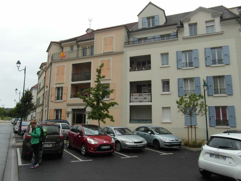 Location appartement Vaureal 695€ CC - Photo 1