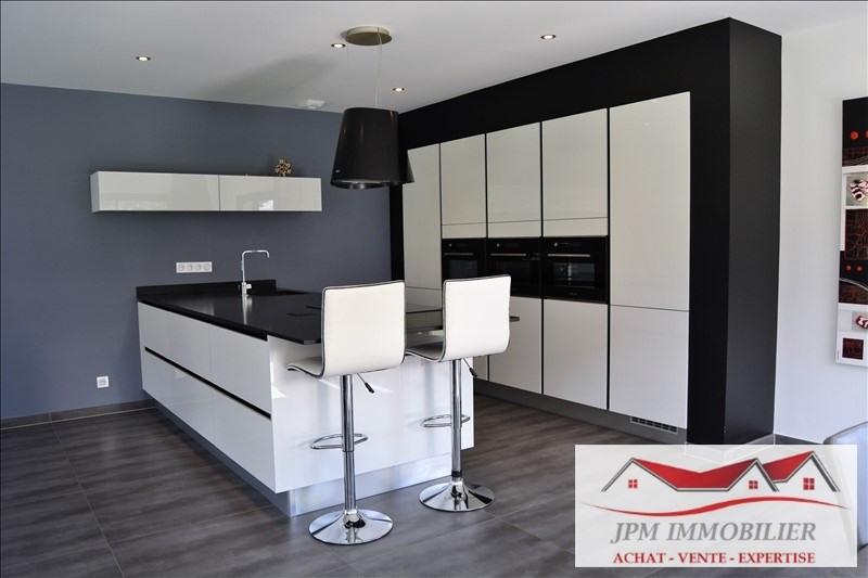 Deluxe sale house / villa Marnaz 574800€ - Picture 2