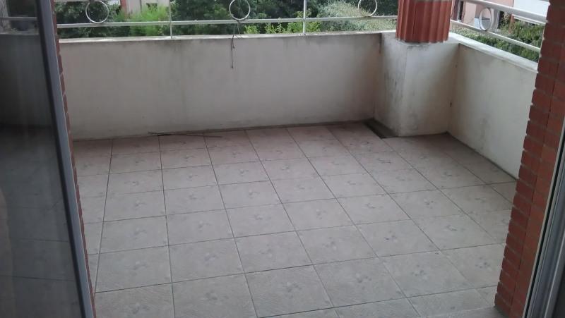 Rental apartment Saint-jean 739€ CC - Picture 2