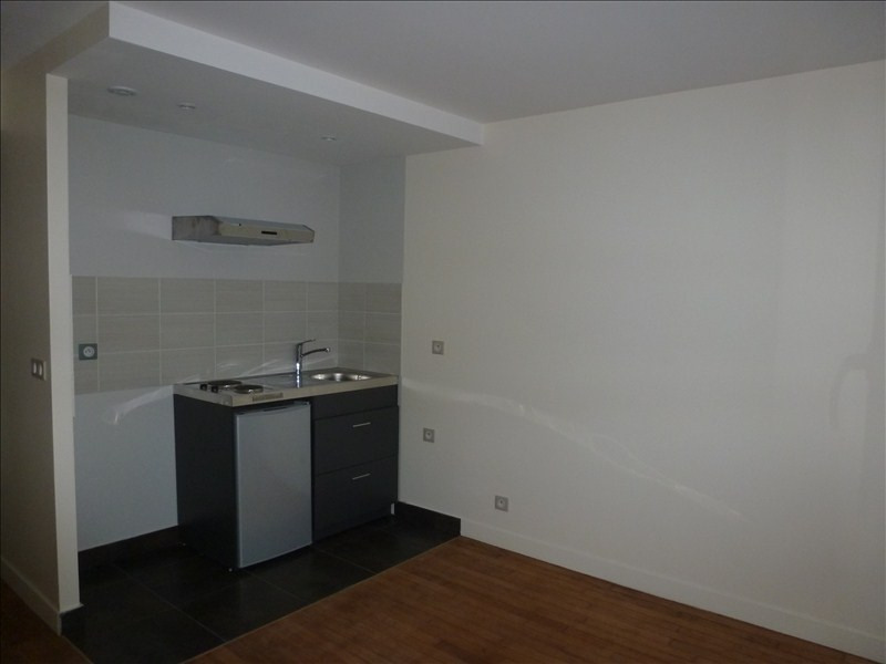 Location appartement L hay les roses 787€ CC - Photo 1