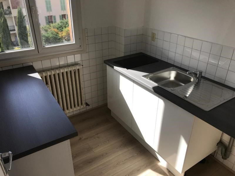 Location appartement Aix en provence 630€ CC - Photo 1