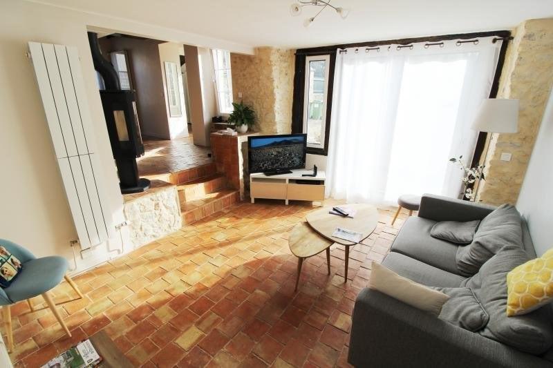 Rental house / villa Garancieres 1698€ CC - Picture 2