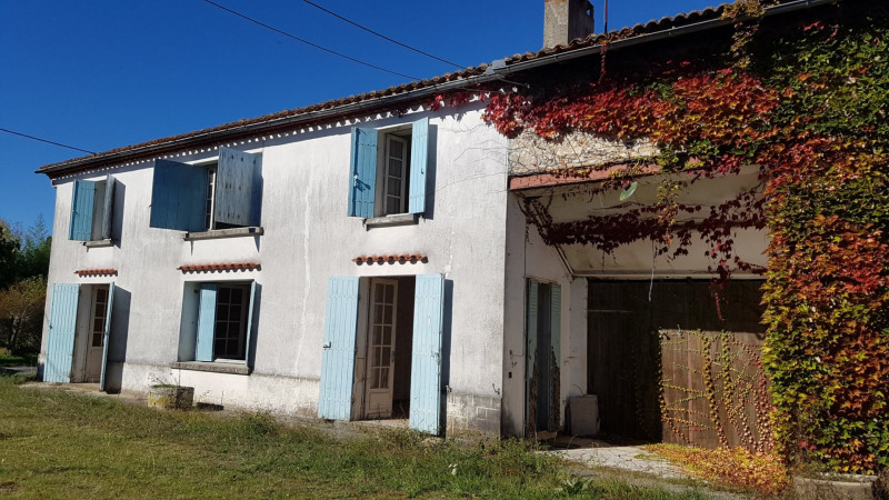 Sale house / villa Le fouilloux 107 000€ - Picture 1