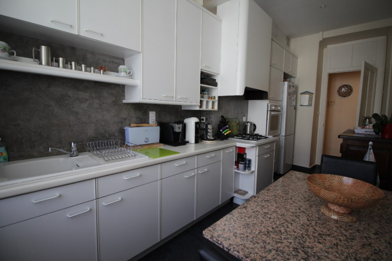 Deluxe sale apartment Nice 765 000€ - Picture 2
