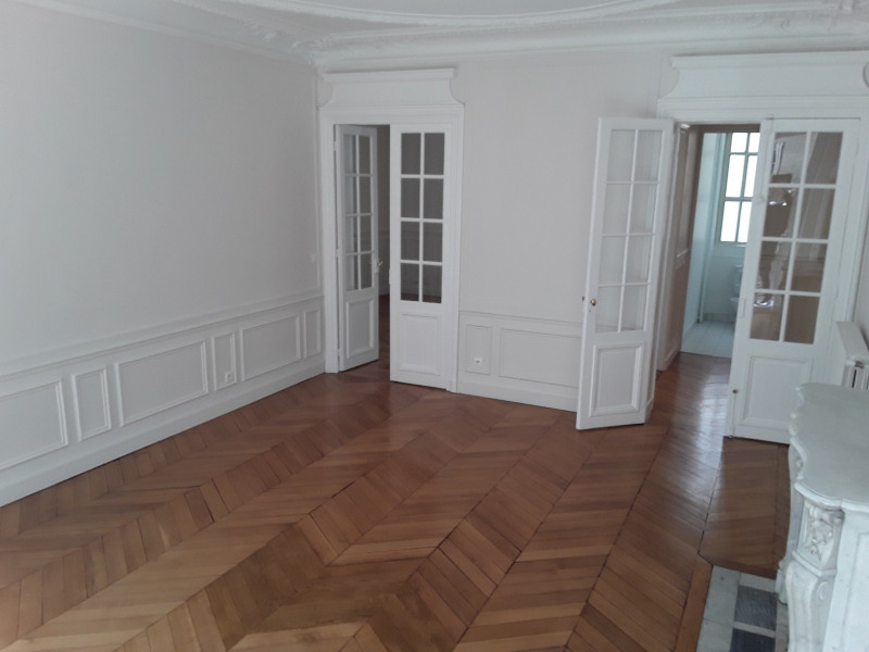 Rental apartment Paris 7ème 4 740€ CC - Picture 2