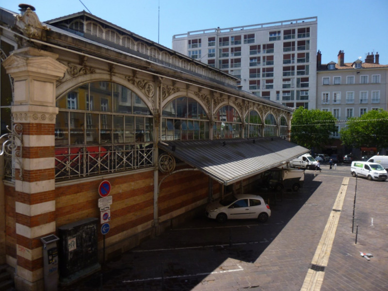 Sale office Grenoble 255000€ - Picture 1