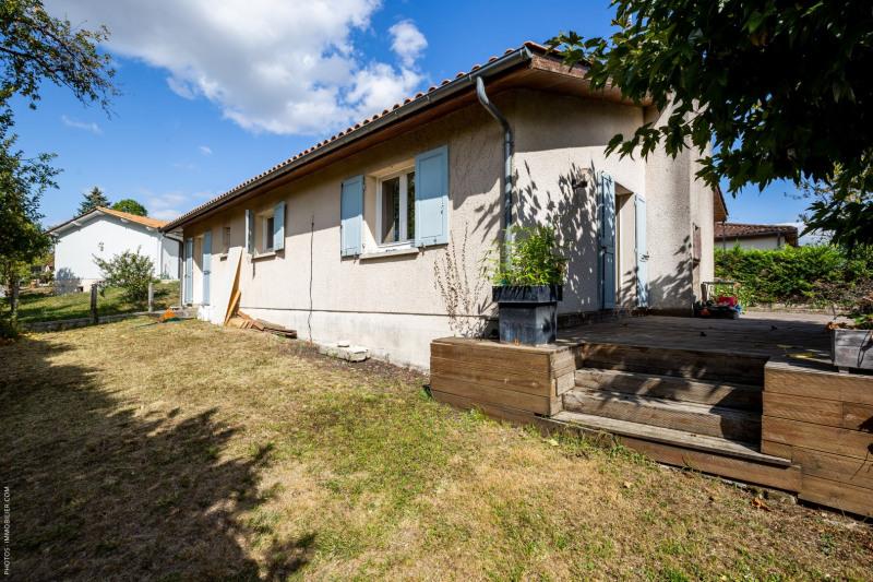 Sale house / villa Blanquefort 359000€ - Picture 1