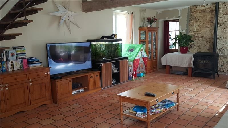 Sale house / villa Chambly 313 000€ - Picture 2