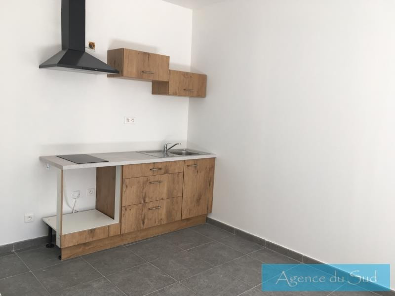 Location appartement Aubagne 650€ CC - Photo 1