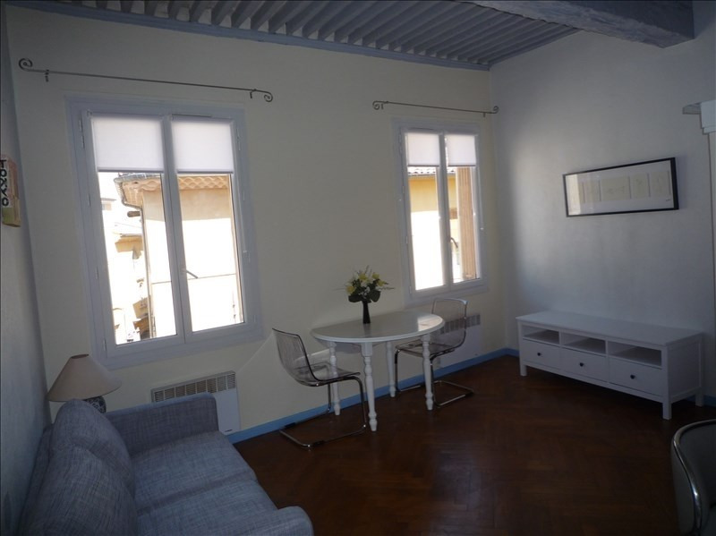 Rental apartment Aix en provence 660€ CC - Picture 2