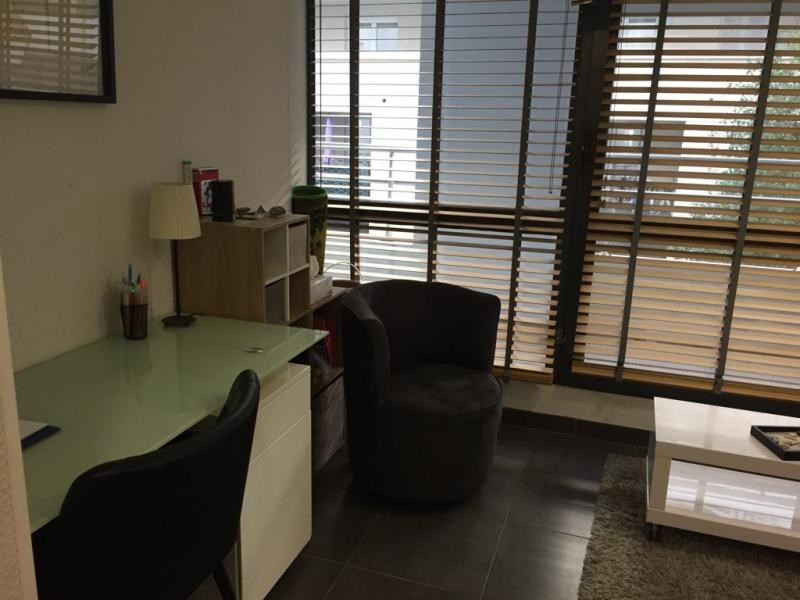 Rental office Bastia 750€ HT/HC - Picture 3