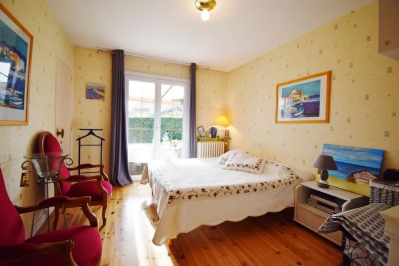 Deluxe sale house / villa Seynod 720000€ - Picture 10